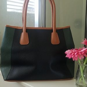 Neiman Marcus green/black tote bag - brand new!
